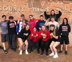 RHS Powerlifting Competes at Wichita County Meet